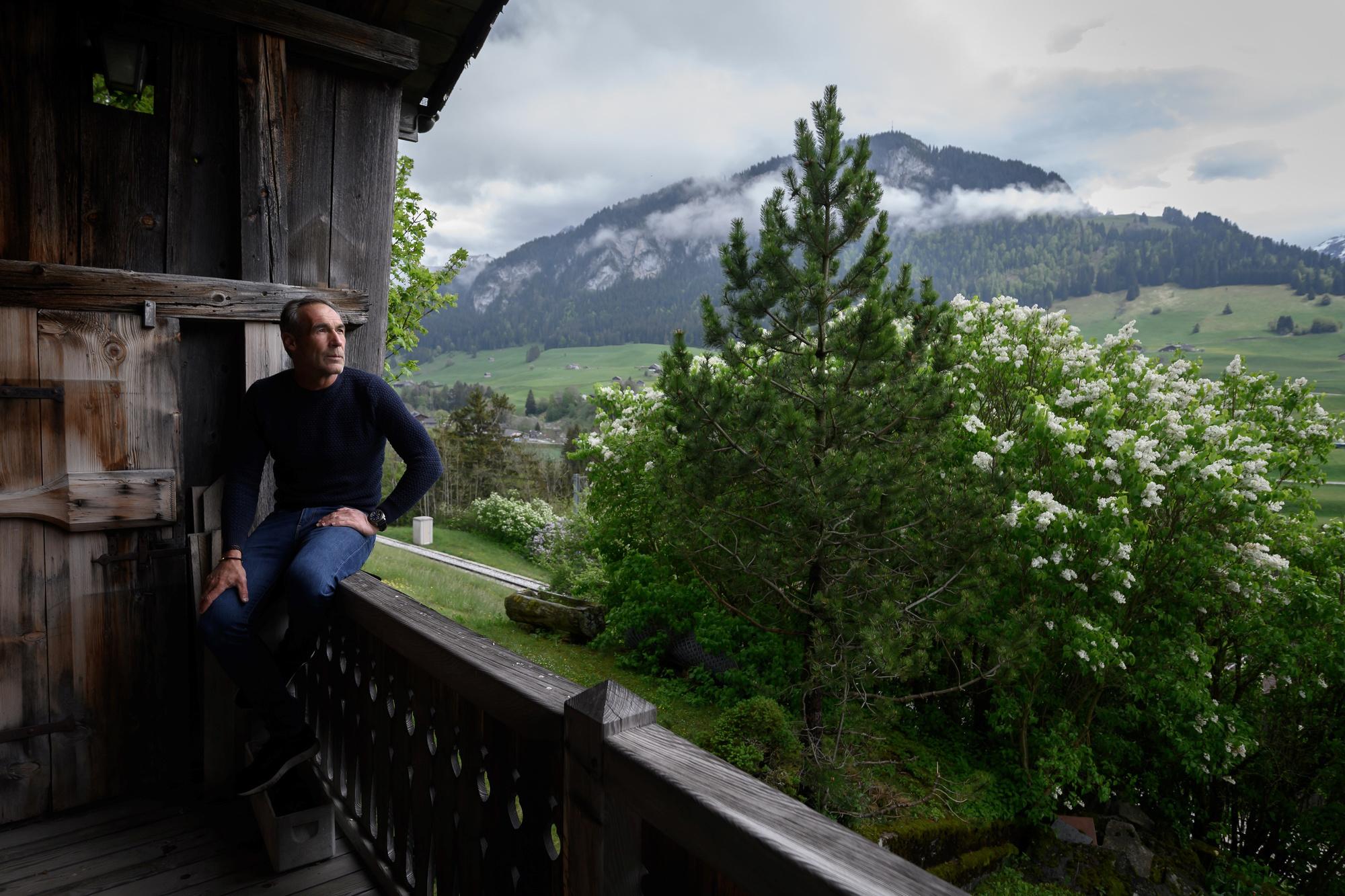 L'explorateur Mike Horn confiné chez lui, en Suisse., belga