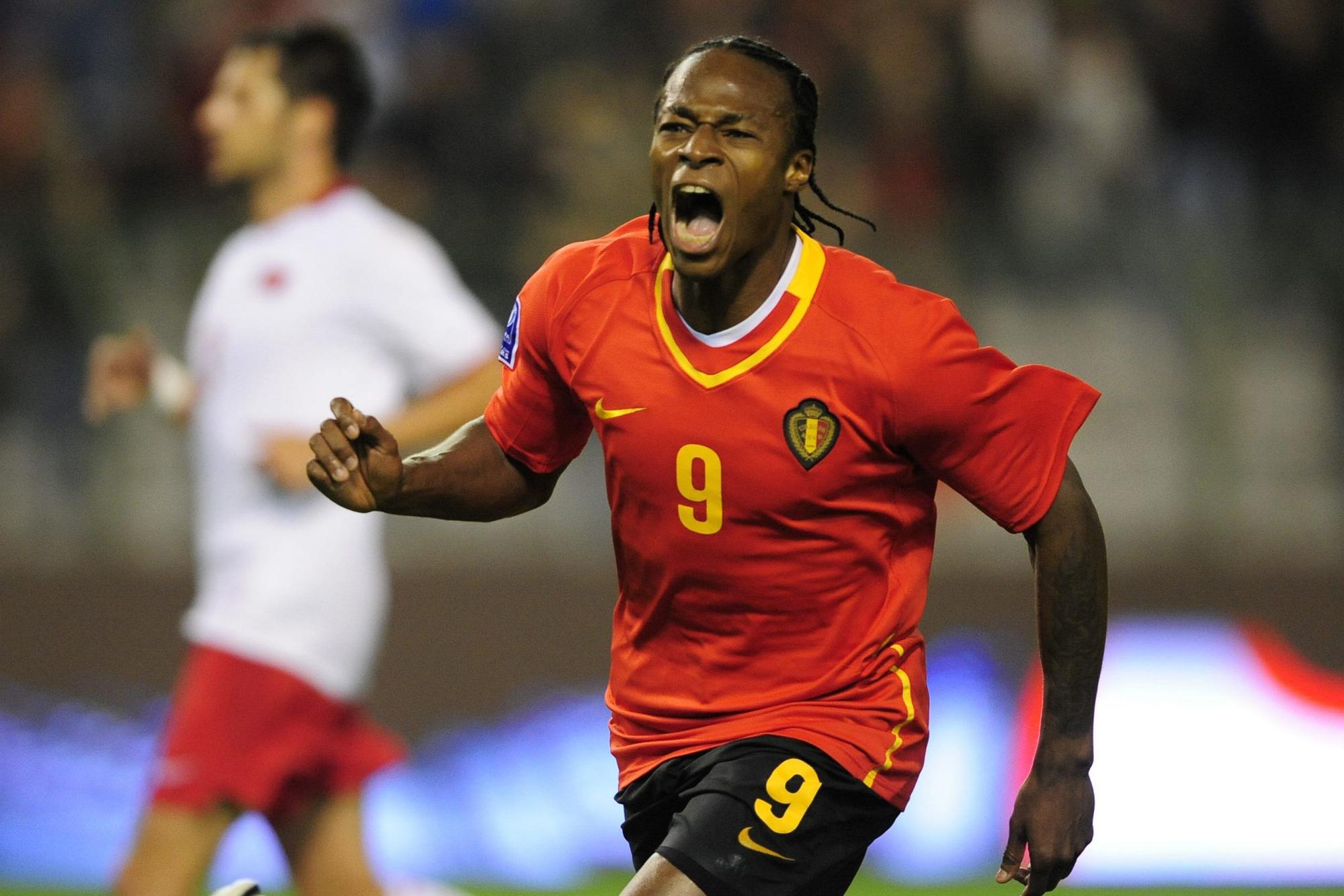 'Misschien heeft Emile Mpenza niet de carrière gehad die bij zijn talent hoorde, maar wat hij in België heeft laten zien, was sterk.', Belga Image