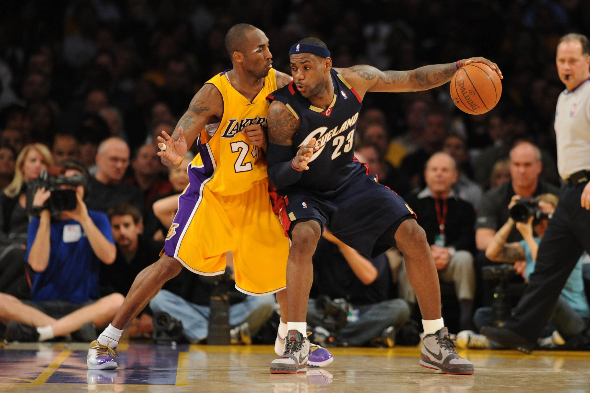 LeBron James met de Cavaliers tegen de Lakers van Kobe Bryant, GETTY