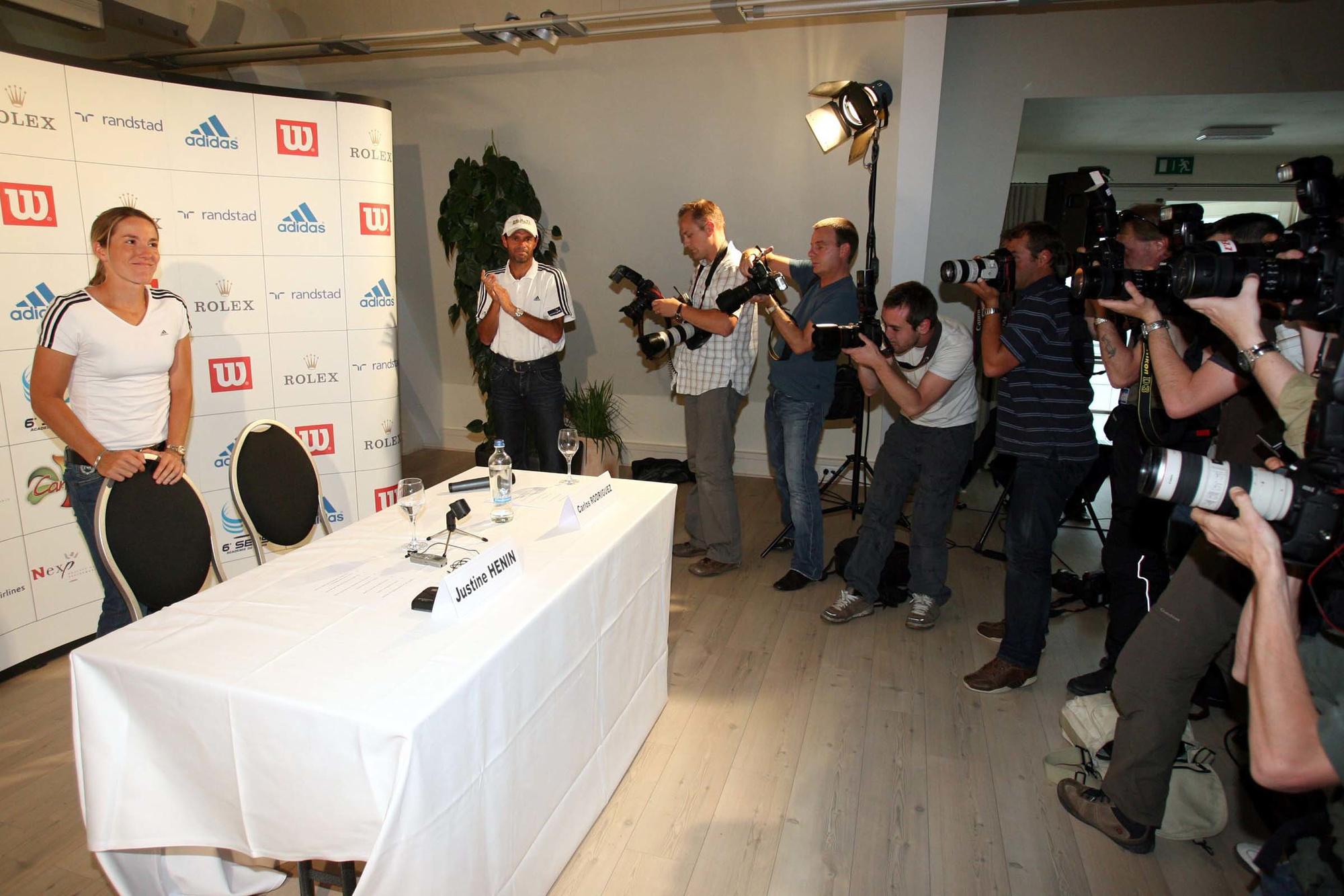 Justine Henin tijdens de persconferentie in Limelette, Belga Image