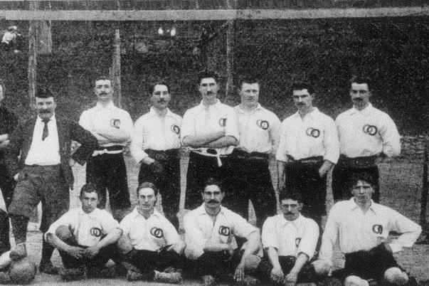 Le onze français, ce 1er mai 1904., Wikipédia