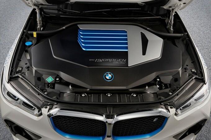 De BMW iX5 Hydrogen biedt een nieuw elektrisch alternatief., GF