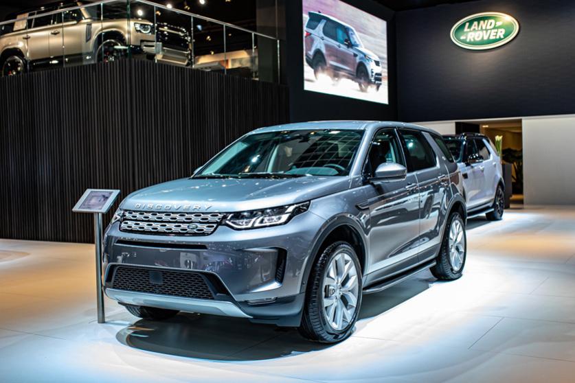 PLug-in hybridetechnologie verlaagt het verbruik en de CO2-score van de Land Rover Discovery PHEV., Patrick Theunissen
