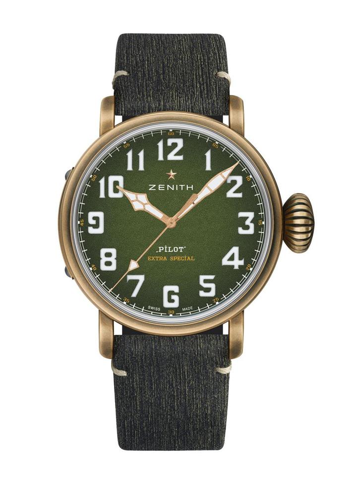 Montre automatique Pilot Type 20 Adventure, en bronze, avec bracelet en cuir de veau, Zenith, 7 300 euros., SDP