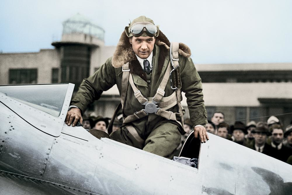 Howard Hughes (Photo by Pictures Inc./The LIFE Picture Collection via Getty Images), The LIFE Picture Collection via Getty Images