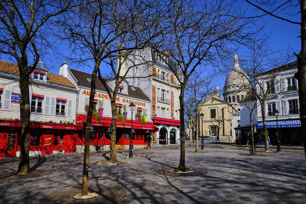La célèbre place du Tertre à Montmartre, habituellement surpeuplée de touristes., Getty Images