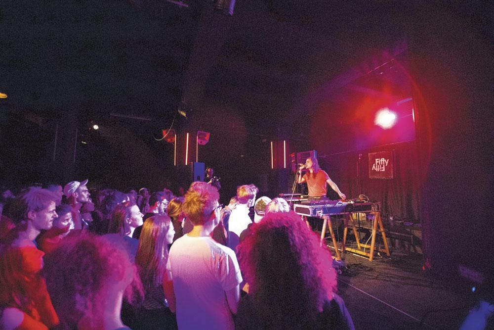Des concerts prévus dans divers lieux bruxellois pour un public de curieux et de professionnels., Elodie Drareg