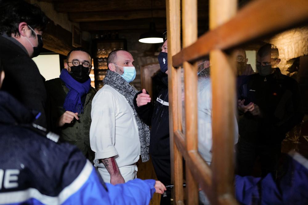 Stéphane Turillon face aux gendarmes, AFP