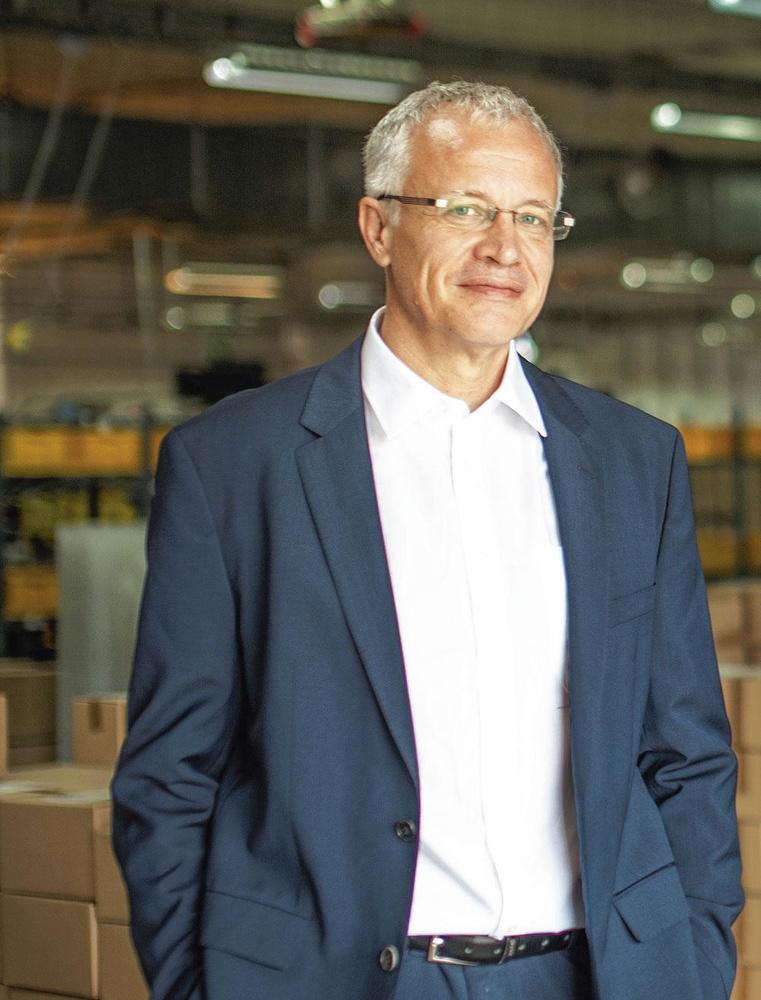 """Jérôme Gobesso, CEO de Newpharma - """"Nous avons décidé de faire de la publicité et d'acheter des mots-clés en ligne, mais nous avons pris beaucoup de risques."""", pg"""