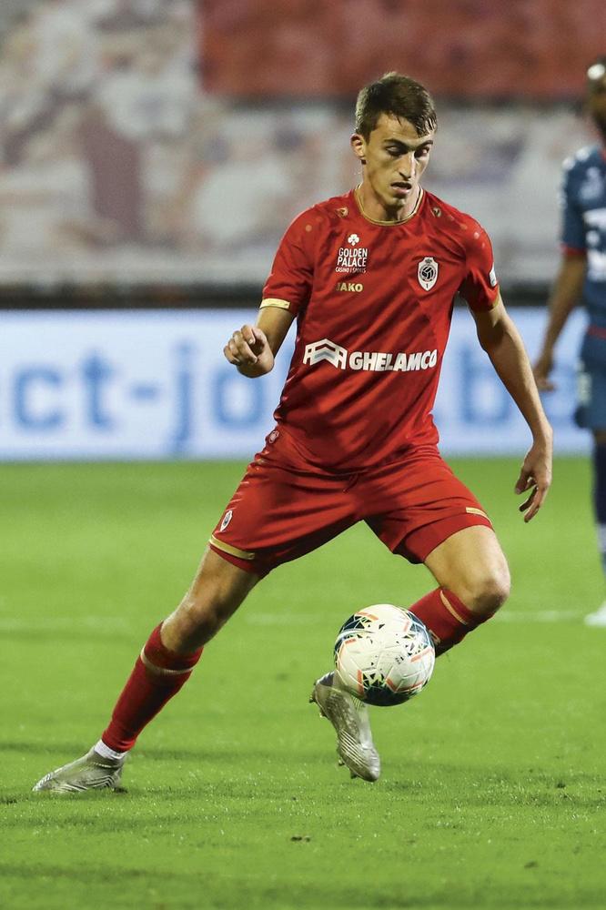 L'Antwerp assure que Herman Van Holsbeeck ne l'a pas représenté lors des négociations concernant le transfert d'Alexis De Sart., belgaimage