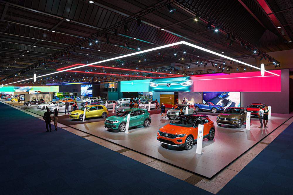 De VW-stand in paleis refereert aan de nieuwe huisstijl van het merk., Patrick Theunissen