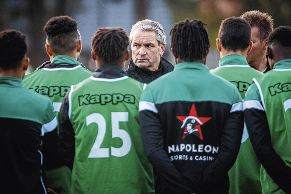 Wie Bernd Stork binnenhaalt, haalt niet alleen een coach maar een hele cultuur binnen., belgaimage
