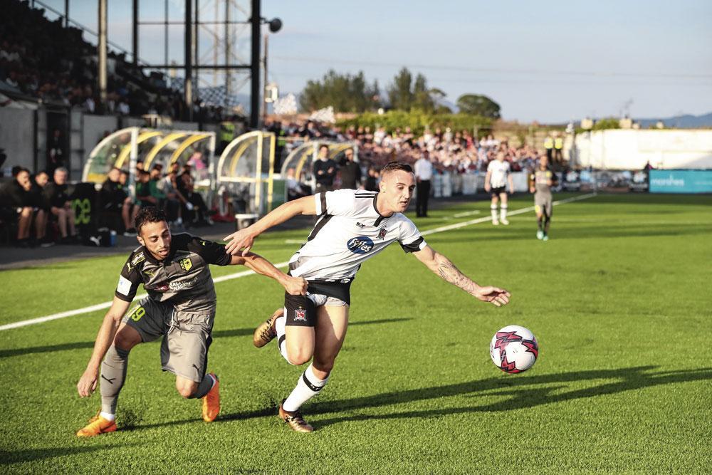 Een duel tussen Larnaca en Dundalk in de voorronde van de Europa League vorig jaar. De Ierse landskampioen speelt zijn thuismatchen in het Oriel Park., BELGAIMAGE