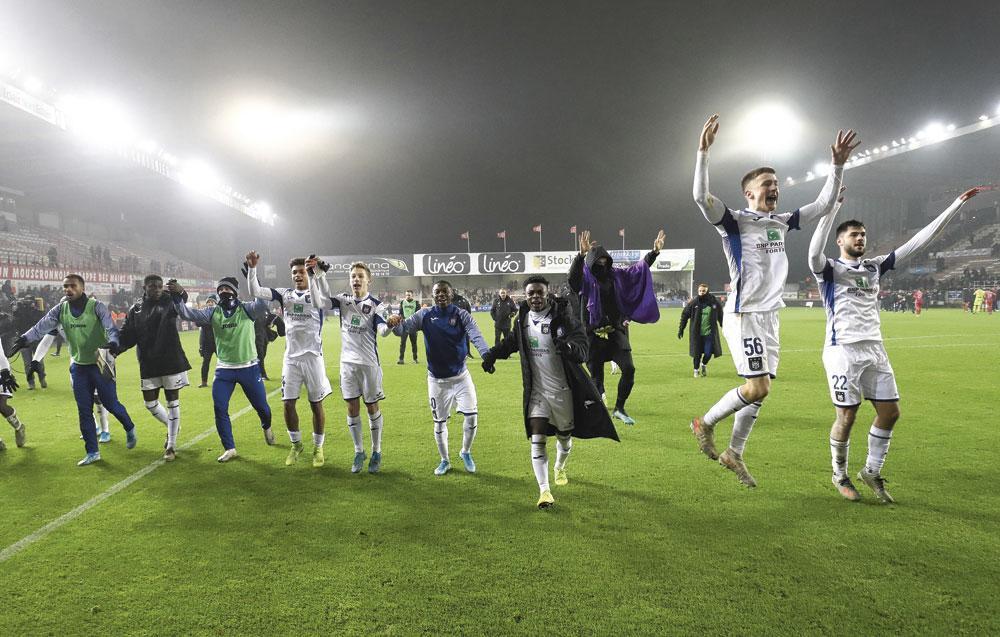 Les Anderlechtois jubilaient jeudi à Mouscron. Il en allait autrement dimanche après le nul blanc face aux Carolos., BELGAIMAGE