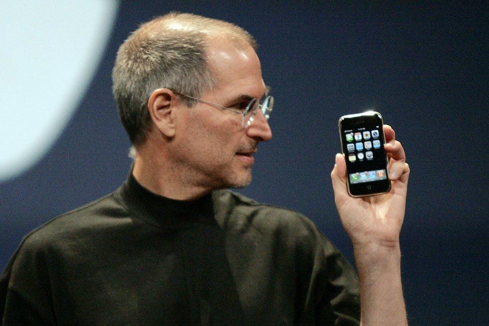 Steve Jobs, lors de la présentation de l'iPhone, en 2007., Reuters