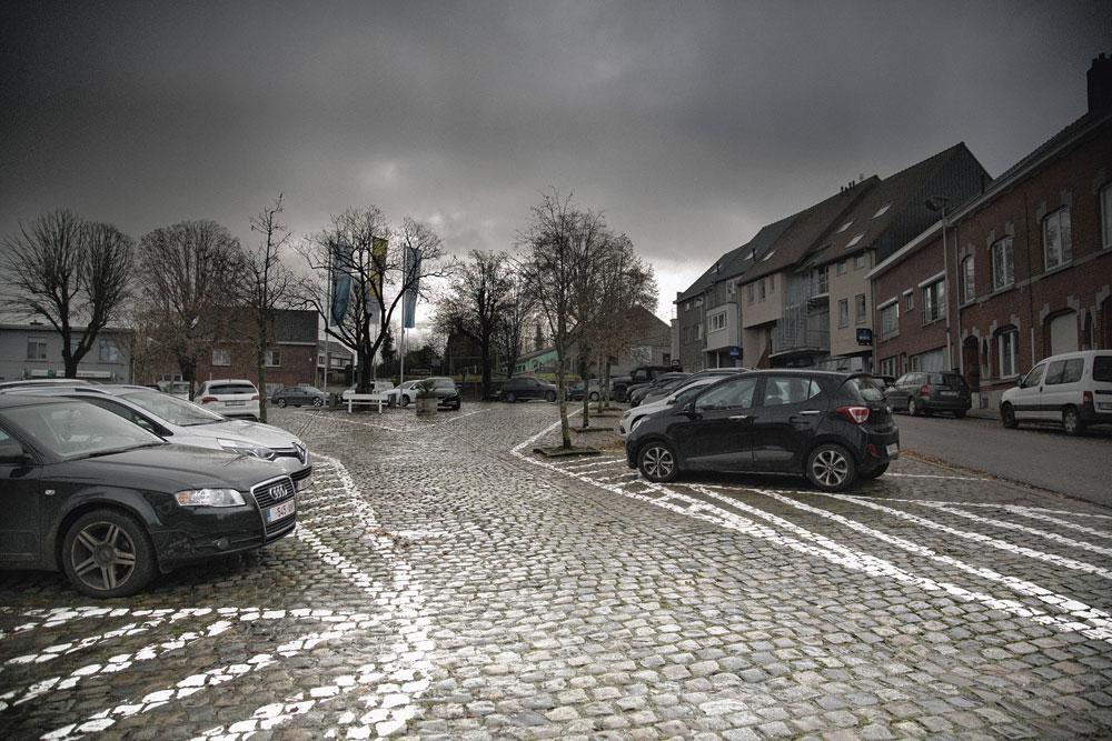 Le centre de Schepdaal, un village comme la région en possède tant., loes geuens