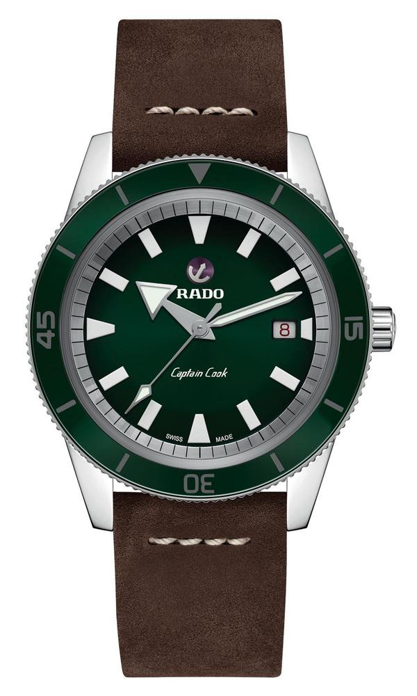 Montre automatique Captain Cook, en acier inoxydable, avec bracelet en cuir, Rado, 2 050 euros., SDP
