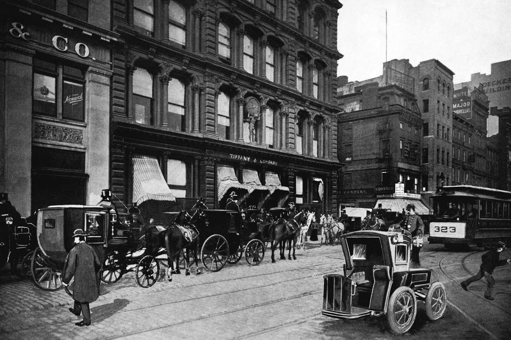 Boutique Tiffany & Co de New York, en 1899, Getty Images