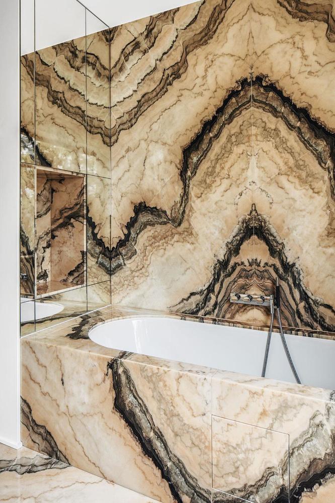 La baignoire de Rorschach, CAFEINE
