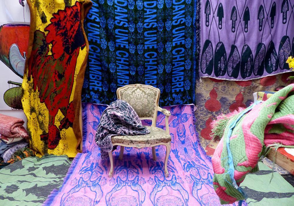 Het Gentse duo Les Monseigneurs maakt zijn opwachting in een van de Kleureyck-experience rooms., GF / Design Museum Gent