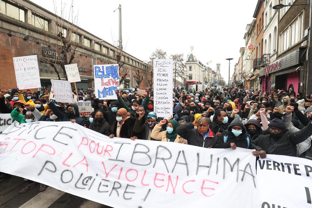Manifestations le 13 janvier 2021 suite à la mort d'Ibrahima, Belga