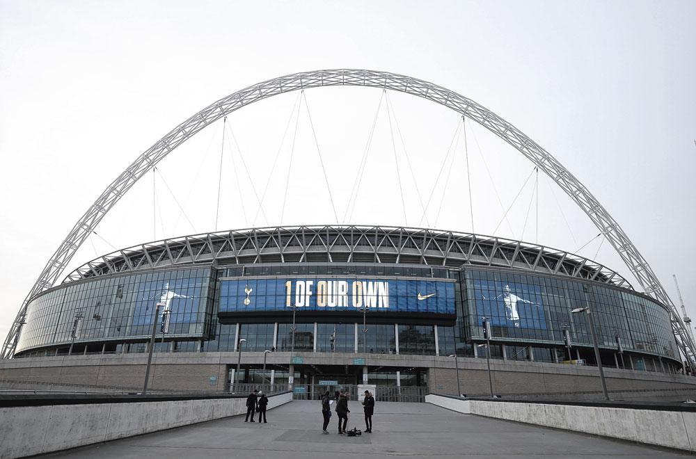 Londres GROUPE D Wembley capacité 90 652 3 matchs de groupe 1 huitième finale 2 demi-finale finale, belgaimage