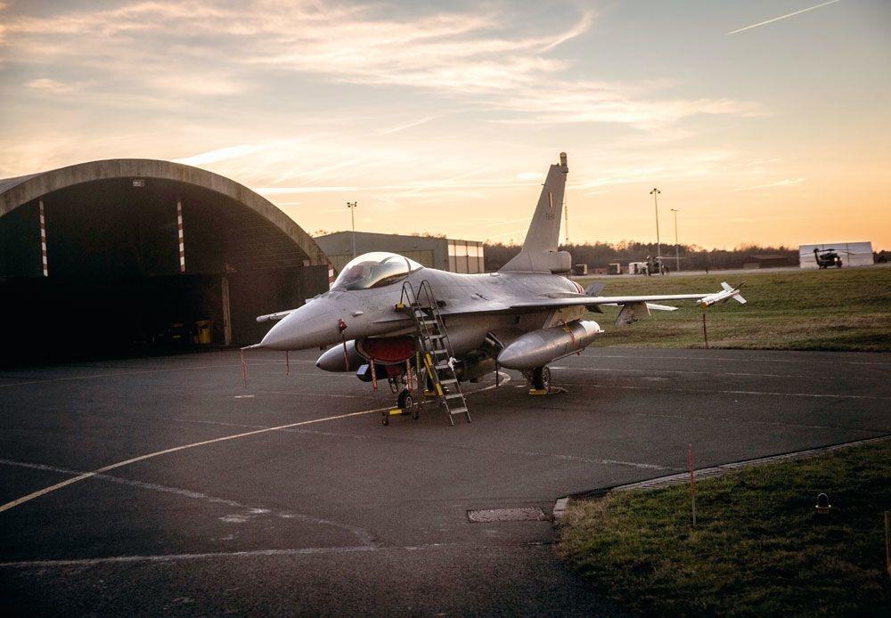 Le F-16 a besoin d'être remplacé. Mais quand ?, BAS BOGAERTS/ID PHOTO AGENCY