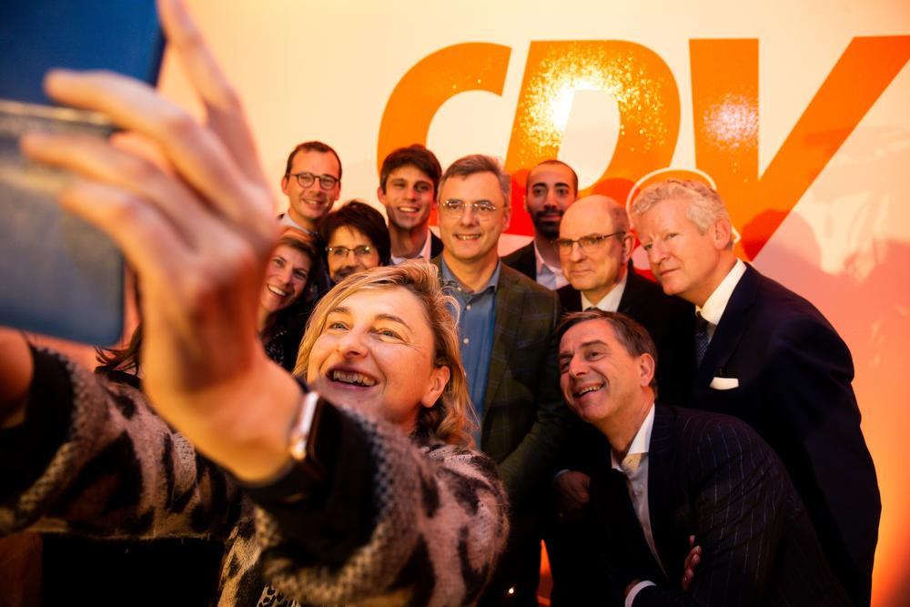 De obligate selfie mocht niet ontbreken., BELGA