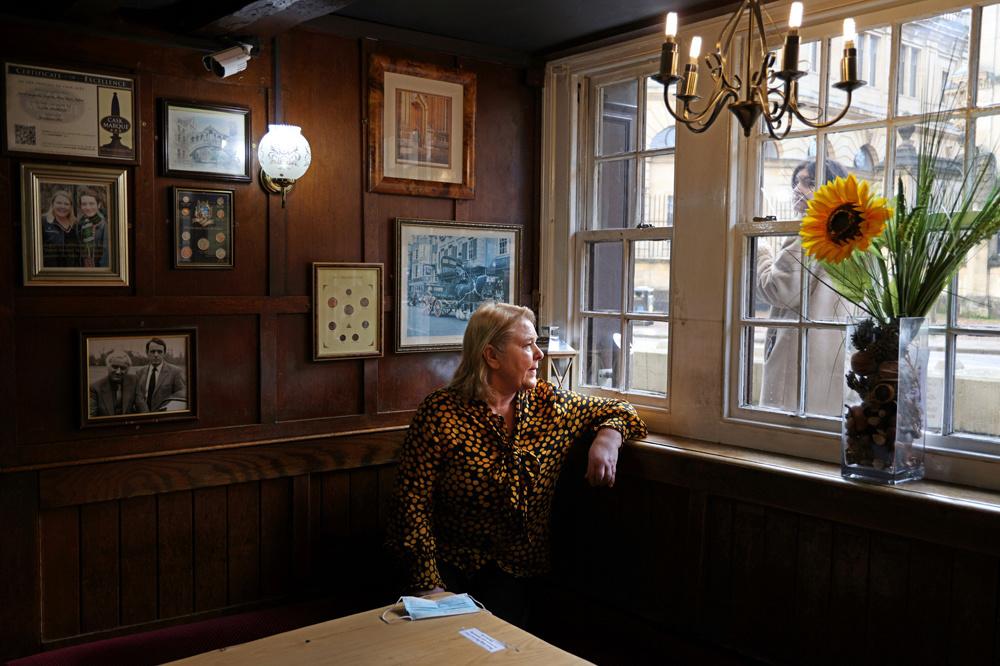 Jacqueline Paphitis, propriétaire depuis 15 ans du White Horse, AFP