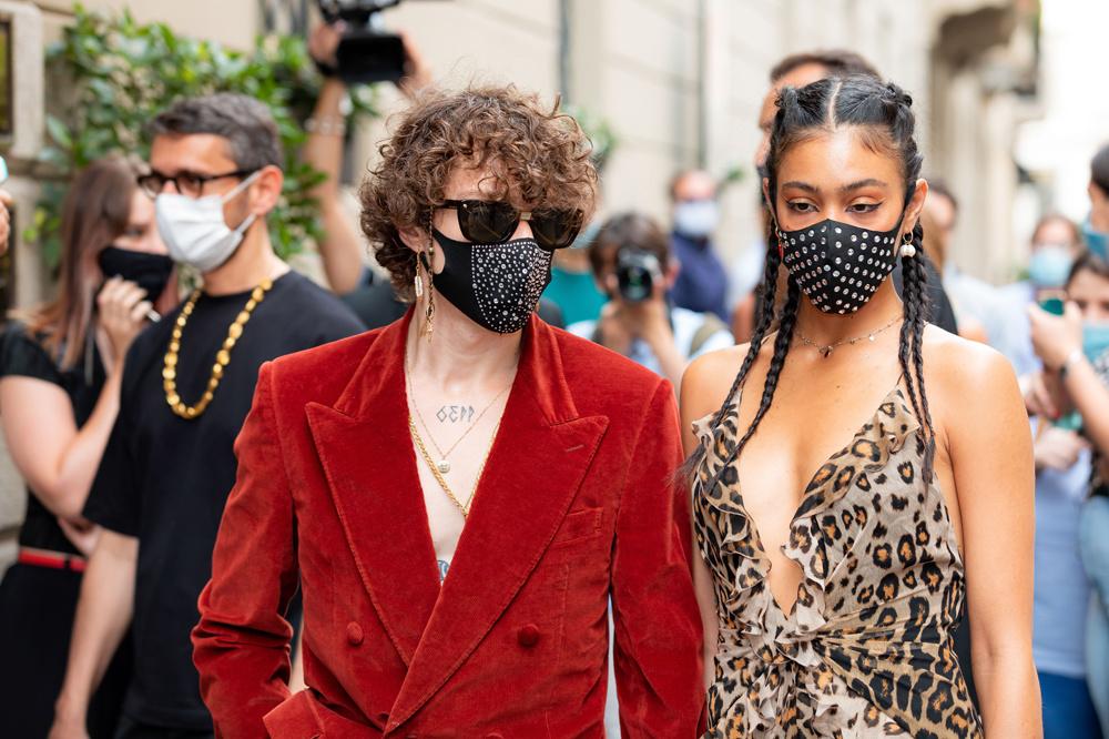 People masqués en marge de le fashion milanaise, en juin 2020, Getty Images