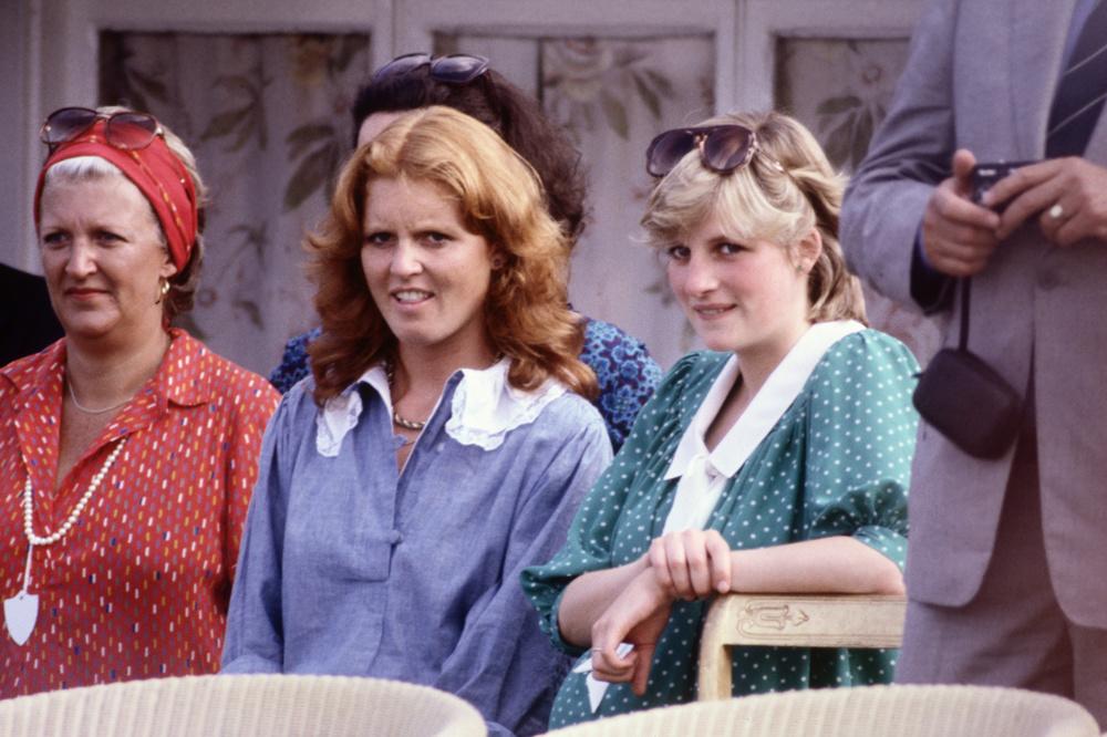 Sarah Ferguson et Lady Diana assistant à un match de polo, en 1982, Getty Images