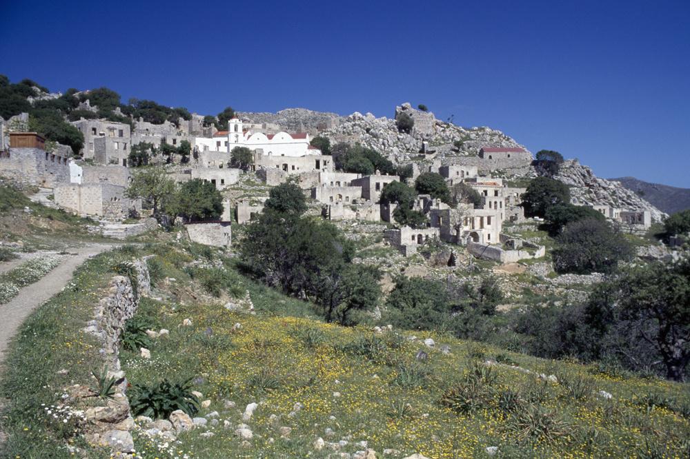 Le village de Mokro Chorio, sur l'île de Tilos, Getty Images