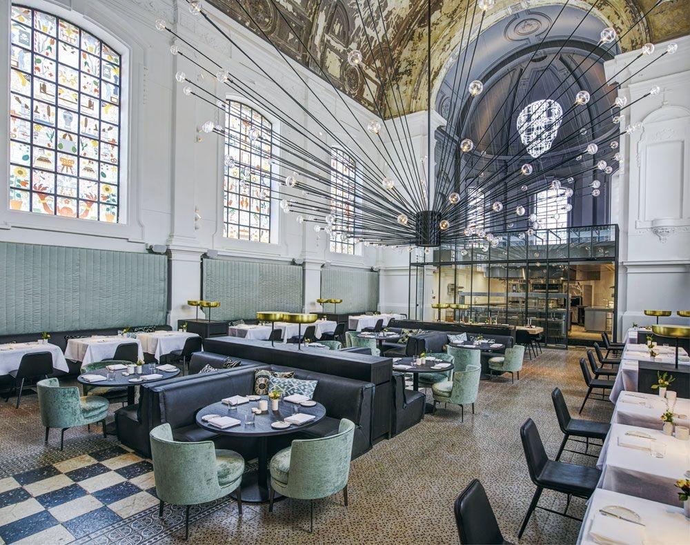 The Jane, à Anvers, reconnu Plus beau restaurant du monde : un projet qui mise sur le sacré et l'extravagance pour épater les foules. , PROJET STUDIO PIET BOON © RICHARD POWERS