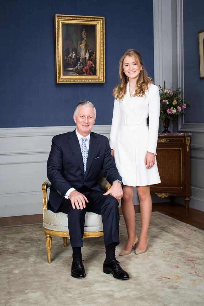 La princesse Élisabeth et son père le roi Philippe, Belga