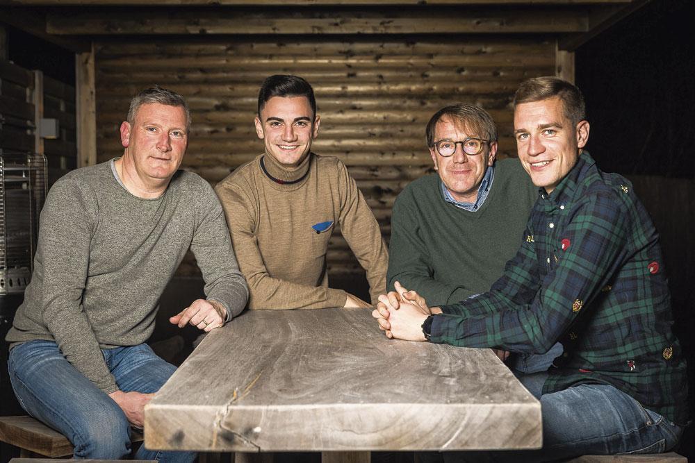Een echte KVO-familie: Kurt en Jelle Bataille versus Kris en Michiel Jonckheere., BELGAIMAGE - JAMES ARTHUR GEKIERE