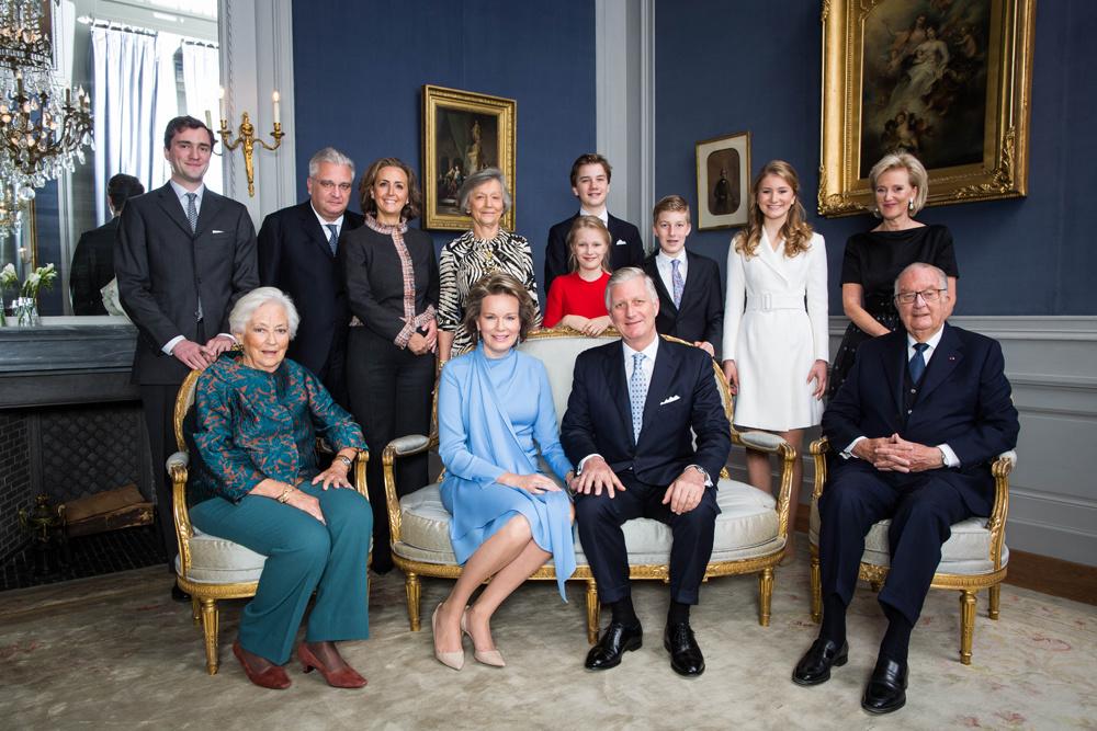Le prince Amedeo, le prince Laurent, la princesse Claire, la comtesse Anna Komorowska, la princesse Éléonore, le prince Gabriel, le prince Emmanuel, la princesse Élisabeth, la princesse Astrid, la reine Paola, la reine Mathilde, le roi Philippe et le roi Albert, Belga