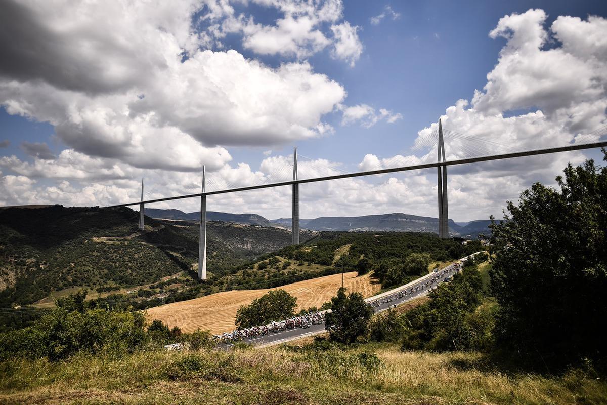 De viaduct van Millau is de hoogste brug ter wereld. , AFP
