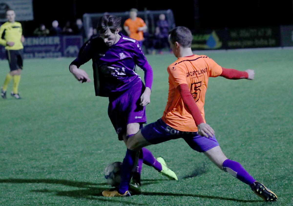 Jari Dejaegere is speler van het jaar in tweede provinciale B, zijn club Sparta Heestert mag promoveren., VDB