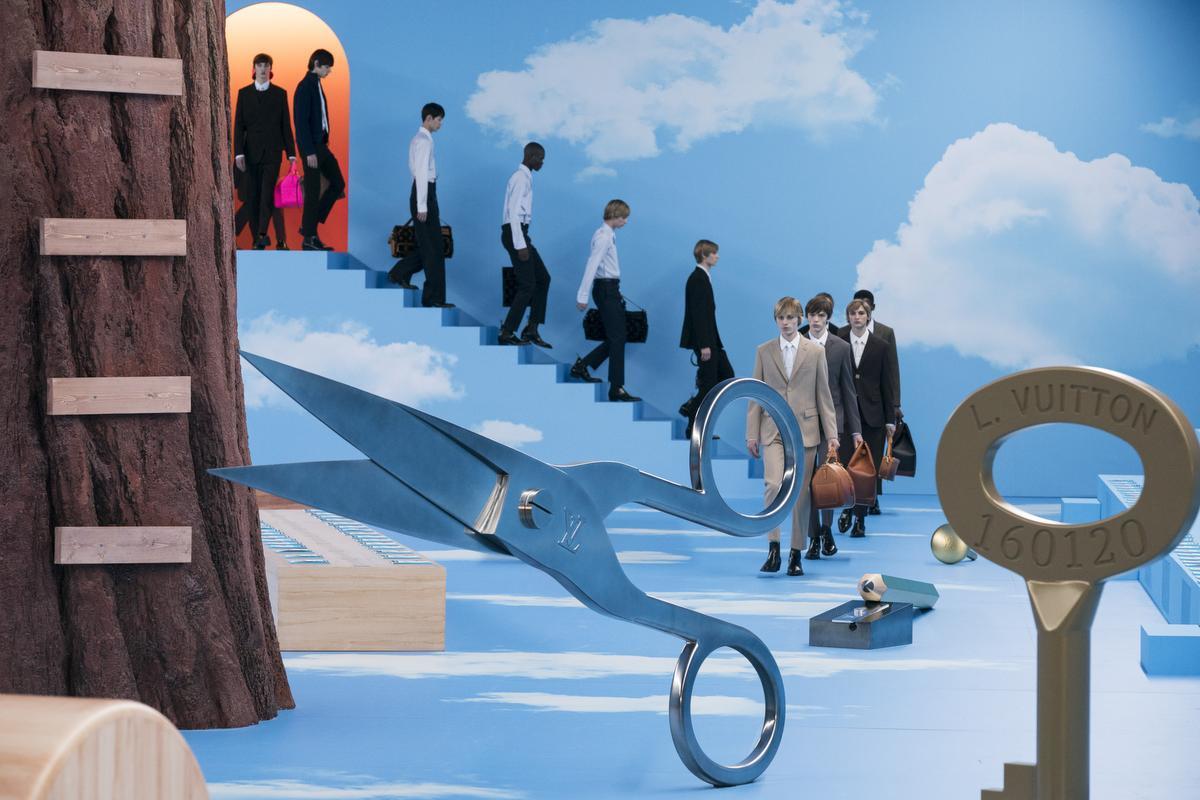 Le décor spectaculaire du défilé Louis Vuitton, Imaxtree