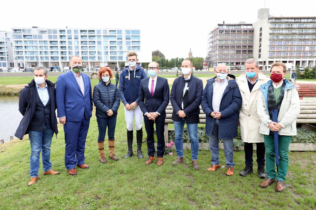 Minister Ben Weyts kwam de nieuwe waterpartij officieel openen., ELD