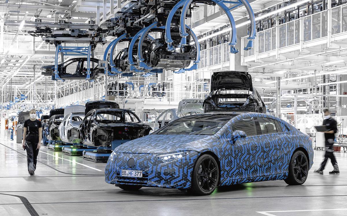 Mercedes EQS. De eerste volledig elektrische luxelimousine van het merk., Daimler AG