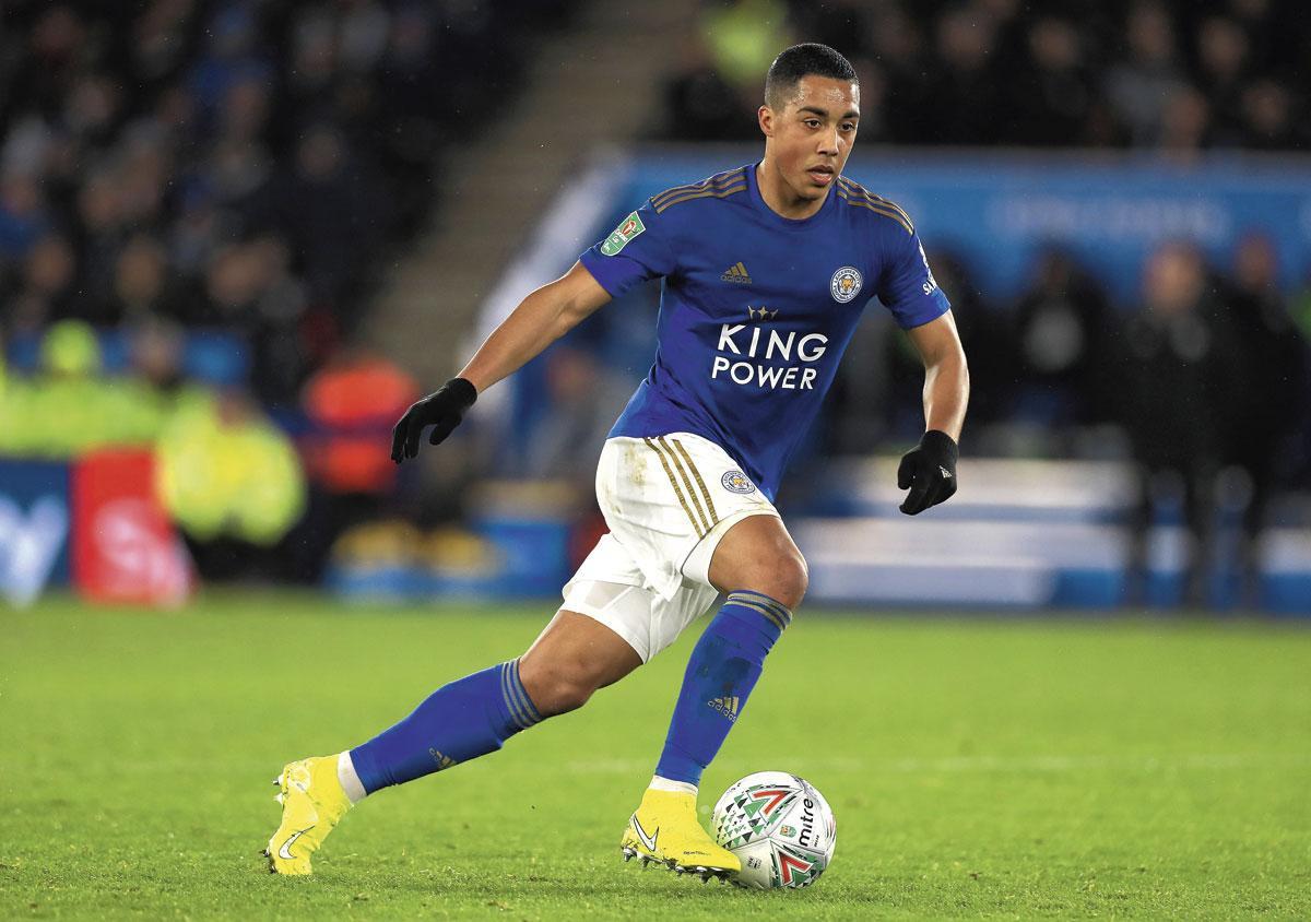Youri Tielemans in het shirt van Leicester City waar hij openbloeide. 'Maar ik heb geen moment spijt gehad van mijn stap naar Monaco.', belgaimage