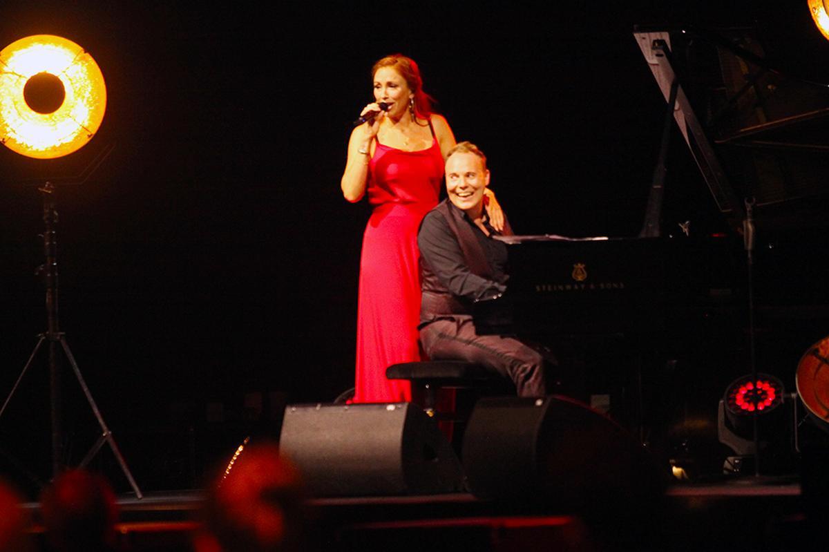 Natalie en Jef amuseerden zich op het podium., PADI/Daniël