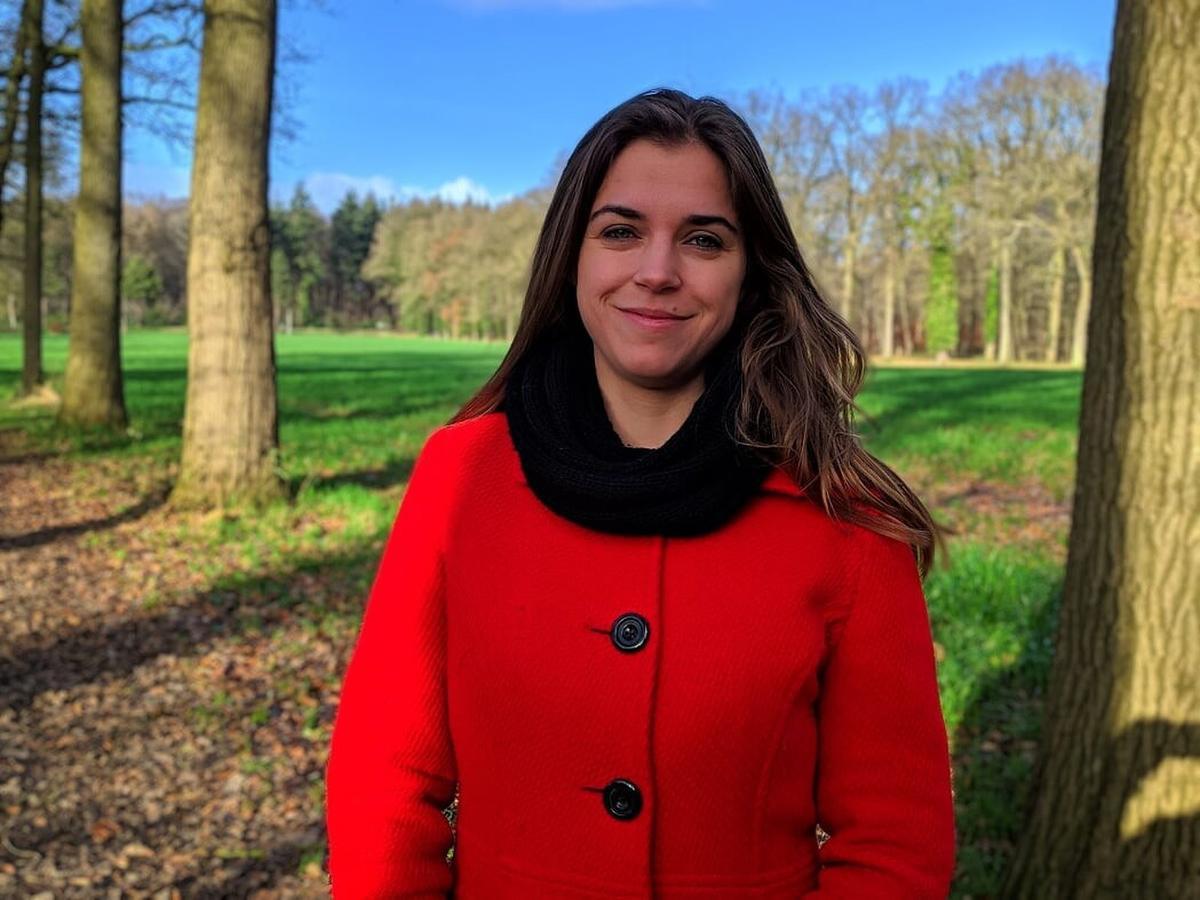 Vicky Reynaert uit Beernem studeerde af als doctor in de Politieke Wetenschappen., AVH