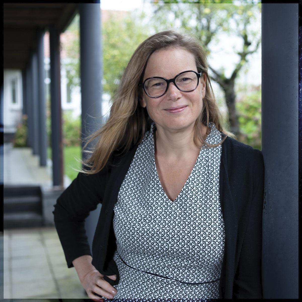 """Dr Caroline Depuydt: """"Le médecin """"2.0"""" veut du temps pour lui, il veut une vie privée. Il a plus d'obligations, de contrôle sur son activité et d'agressivité de la part des patients. Donc il revendique du temps pour lui-même."""", Thierry Strickaert"""