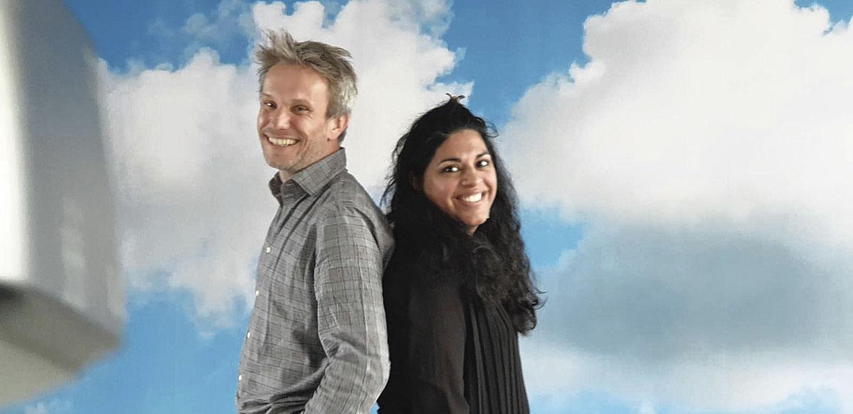 Prof. Lode Godderis en Shanti Van Genechten, resp. voorzitter en directeur van vzw Kinderwens., BELGAIMAGE