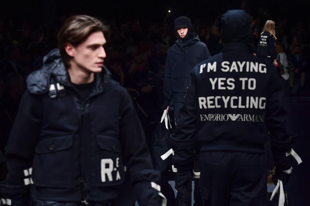 Giorgio Armani encourage le recyclage lors du défilé de sa ligne Emporio., AFP