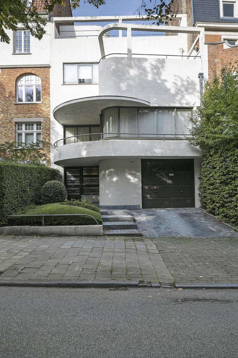 La maison de Raphaël Delville, avenue de l'Echevinage, à Uccle, construite en 1935., LAURENT BRANDAJS