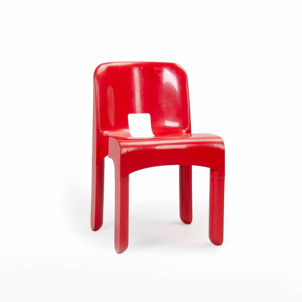 Design Museum Brussels: la chaise Universale de Joe Colombo (1967), LEON Elie