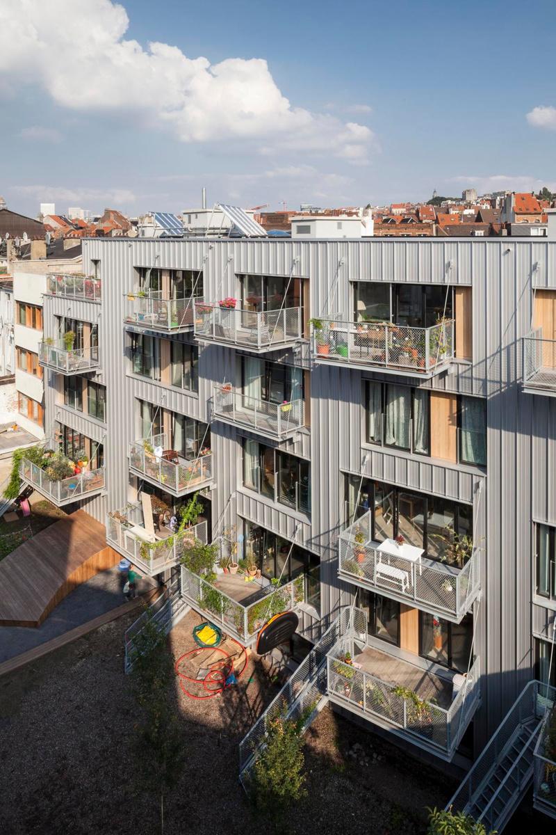 Le projet de co-housing du studio Stekke+Fraas, à Forest. Ce bureau participe à l'expo de l'Eden., Tim Van de Velde